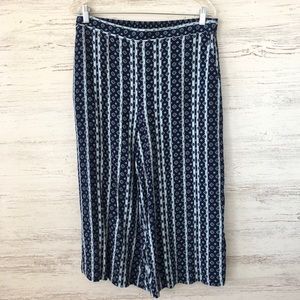 *3/$20* CHELSEA28 Cropped Floral Palazzo Pants